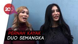 Duo Serigala Tutup Aurat Biar Tak Dicekal Lagi