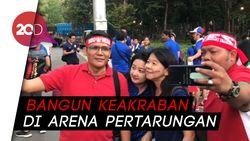 Adem, Saat Suporter Indonesia dan Thailand Wefie Bersama