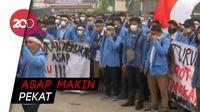 Penanganan Asap Lamban, Mahasiswa Minta Gubernur Riau Mundur