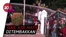 Demo Mahasiswa Bandung Rusuh, Polisi Bubarkan Paksa