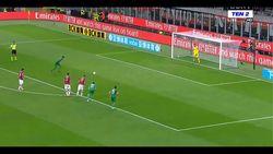 Di San Siro, AC Milan Dipecundangi Fiorentina 1-3
