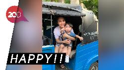Meski Kaya, Sandra Dewi Tetap Ajak Anaknya Naik Bajaj