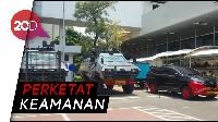 Kendaraan Taktis Siaga di DPR Jelang Pelantikan Presiden
