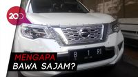 Penampakan Mobil B 1 RI Bermuatan Parang yang Diamankan Polisi