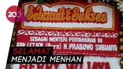 Rumah Prabowo Dihiasi Karangan Bunga Ucapan Selamat