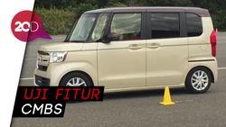 Menjajal Teknologi Bebas Tabrakan di Mobil Mungil Honda
