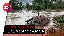 Siswa Digendong Saat Evakuasi Banjir di Kep. Riau