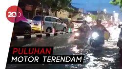 Hujan Deras 2 Jam, Darmo Park II Surabaya Terendam Banjir
