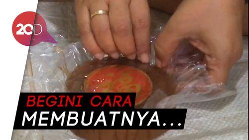 Mengintip Pembuatan Kue Keranjang dengan Resep dari Tiongkok