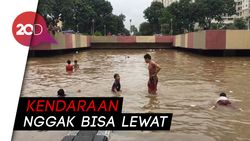Penampakan Underpass Kemayoran Terendam Banjir