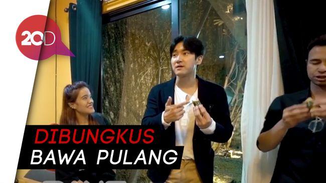 Reaksi Siwon Suju Disuguhi Raffi Ahmad Martabak hi