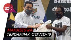 Wagub Riza Patria Bagikan Bansos untuk Mahasiswa Papua di Jakarta