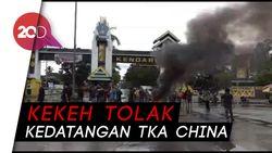 Tolak TKA China Kloter 3, Massa Ancam Blokade Bandara Haluoleo