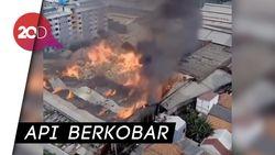Penampakan dari Udara Kebakaran Pabrik Mebel di Cakung