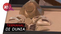Wujud Masker Rp 22 Miliar Bikinan Israel Berlapis Emas dan Berlian