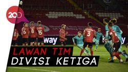 Piala Liga Inggris: Liverpool Pesta Gol, Bantai Lincoln City 7-2
