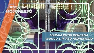 Makam Putri Kencana Wungu di Komplek Makam Troloyo Mojokerto