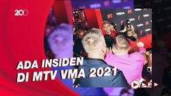 Machine Gun Kelly Ribut dengan Conor McGregor di MTV VMA 2021