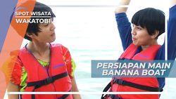 Persiapan Main Banana Boat di Pantai Patuno Wakatobi Sulawesi Tenggara