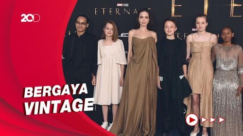Saat Angelina Jolie Ajak Lima Anaknya ke Premiere Eternals