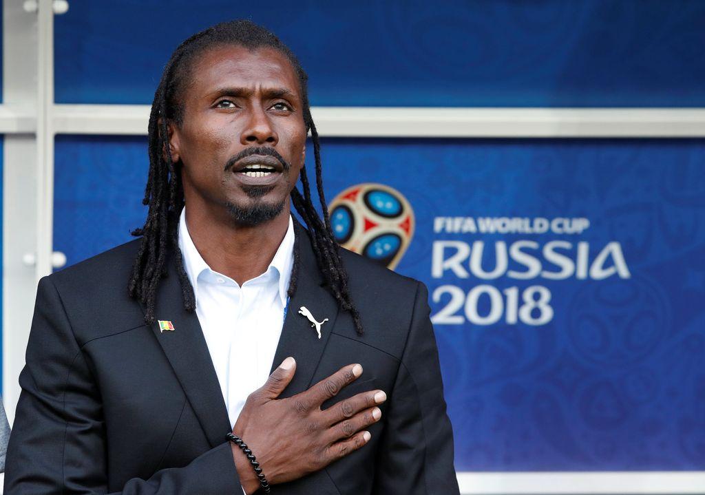 Aksi Aliou Cisse, Pelatih Termurah dan Nyentrik Asal Senegal