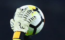 7 Penyelamatan Spektakuler Kiper di Match I Piala Dunia