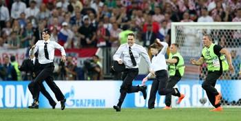 Saat Penyusup Ganggu Usaha Kroasia Kejar Prancis