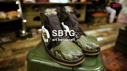 Cerita Mark Ong dan Hobby Lukis Sepatunya di SBTG