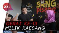 Antusiasnya Warga Surabaya Sambut Sang Pisang Kaesang