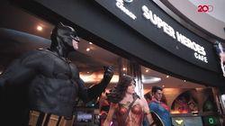 Menyantap 'Superman di DC Comics Super Heroes Cafe