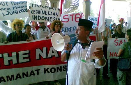 Penegak Pancasila Kecam FPI