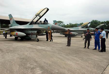 Latma Elang Malindo di Malaysia
