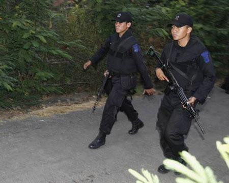 Polisi Sergap Rumah Teroris di Solo