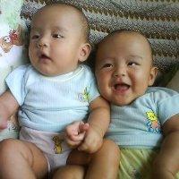 Rahasia si Kembar, Mana Kakak Mana Adik?