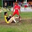 Napi di LP Batu, Nusakambangan, asyik bermain sepak bola.