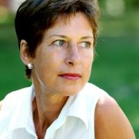 Perlukah Terapi Hormon untuk Wanita Menopause?