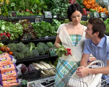 Tips Berbelanja Bahan Makanan Saat Diet