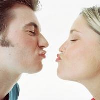 Bencana Akibat Berciuman