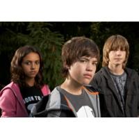 10 Penyebab Kenakalan Remaja