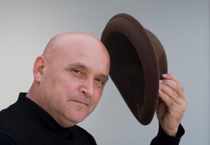 Sering Pakai Topi Bikin Cepat Botak