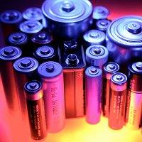 Banyak yang Tidak Tahu Bahaya Buang Baterai Bekas