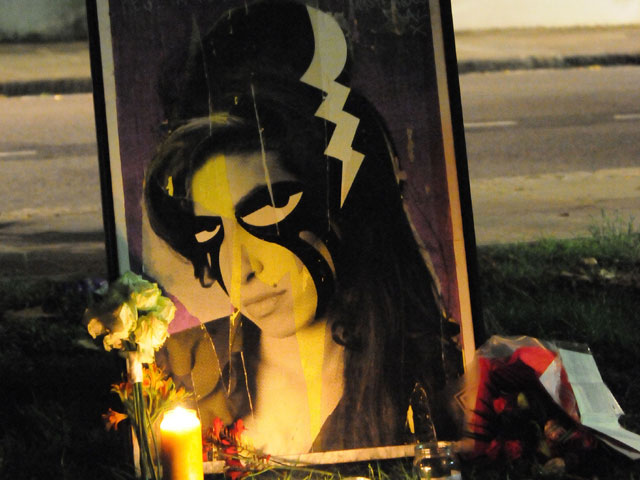 Amy Winehouse Meninggal Dunia