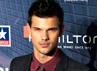 Aktor Taylor Lautner sepertinya selalu menjadi bayang-bayang Robert Pattinson. Taylor berada di peringkat dua. (Getty Images).