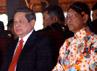 Dua tamu VVIP yakni Presiden Susilo Bambang Yudhoyono dan Wapres Boediono hadir dalam acara panggih pengantin yang digelar di Bangsal Kencana. (Lucas Aditya).