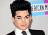 Adam Lambert belum mengganti gaya rambutnya. Getty Images.