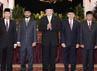 Abraham Samad, Bambang Widjojanto, Adnan Pandu Praja dan Zulkarnain akan memimpin KPK hingga tahun 2015 mendatang. Sedangkan Busyro Muqaddas akan menjadi pimpinan hingga 2014. (www.presidenri.go.id).