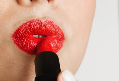 Lipstik-lipstik Top yang Mengandung Racun Timbal