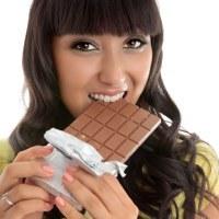 Ngemil Cokelat, Cara Nikmat Redakan Nyeri Menstruasi