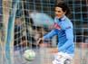 Bahkan, saat babak pertama berakhir, Napoli berbalik unggul setelah Cavani ikut menjebol gawang Petr Cech. Paolo Bruno/Getty Images.