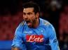 Pada babak kedua, satu gol tambahan dari Lavezzi memastikan kemenangan Napoli dengan skor 3-1. Mike Hewitt/Getty Images.